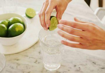 agua-com-limao-espremendo-1118-1400x800-360x250.jpg