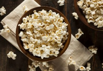 healthy-buttered-popcorn-with-salt-pkukhae-1-360x250.jpg